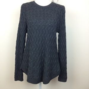 Jeanne Pierre L cable knit charcoal gray sweater👚